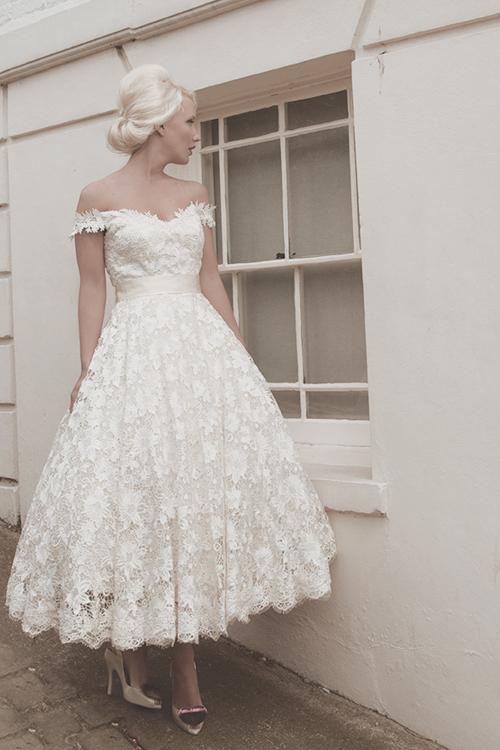 50 talls brudekjole